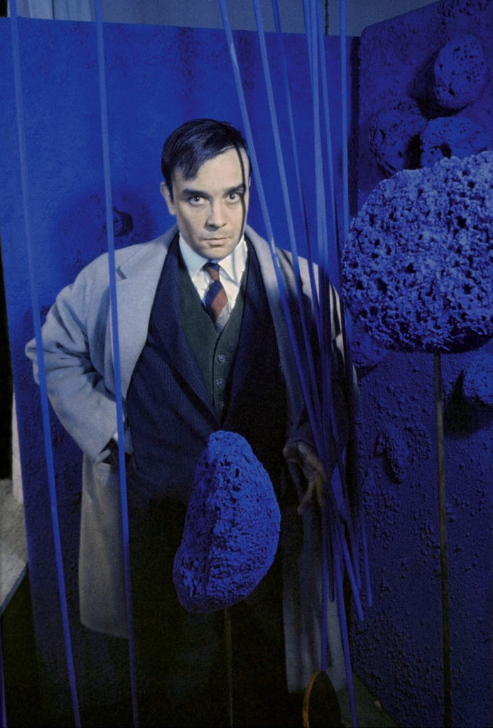 yves klein - sculptures eponges