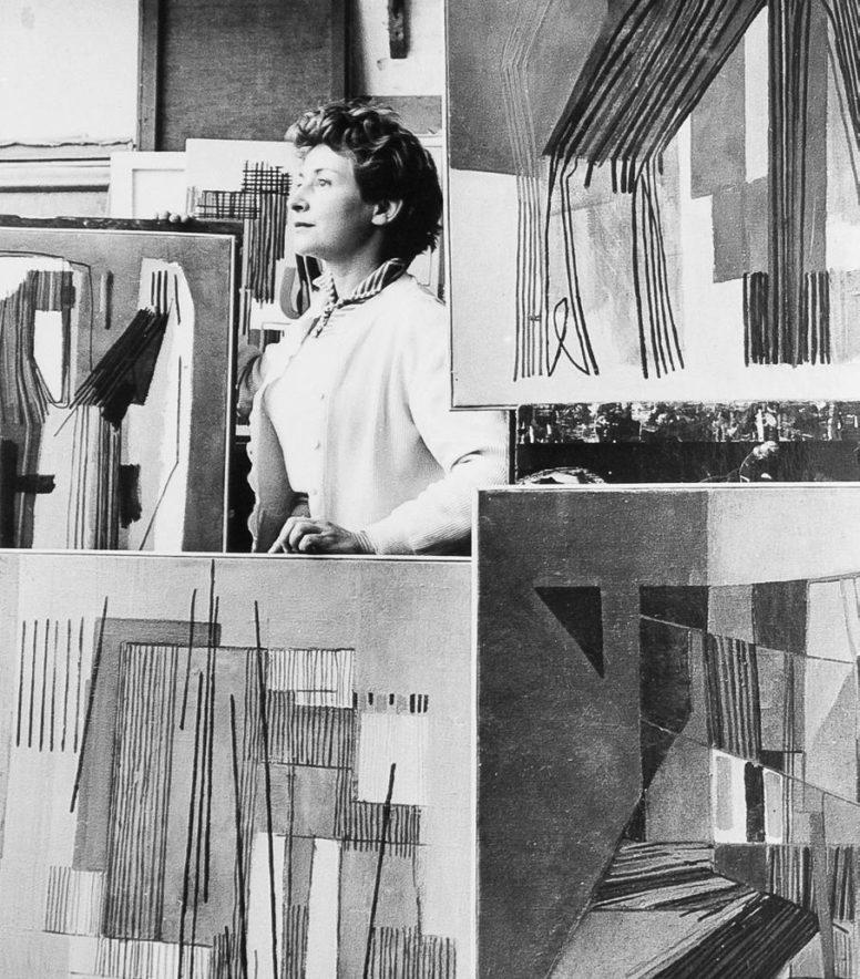 huguette arthur bertrand - studio portrait diane de polignac gallery