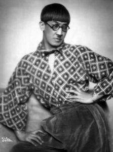 foujita 1926 - photo portrait faq